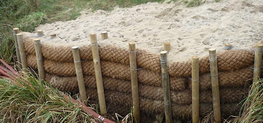Instalación de biorrollo en ambiente costero