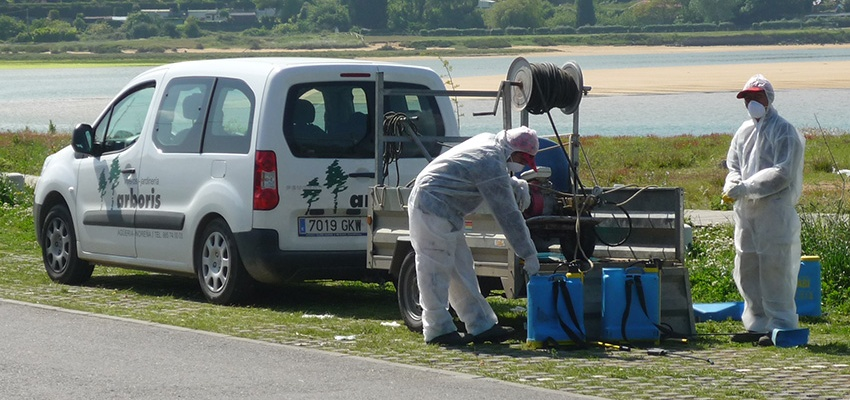 Preparación de caldo herbicida
