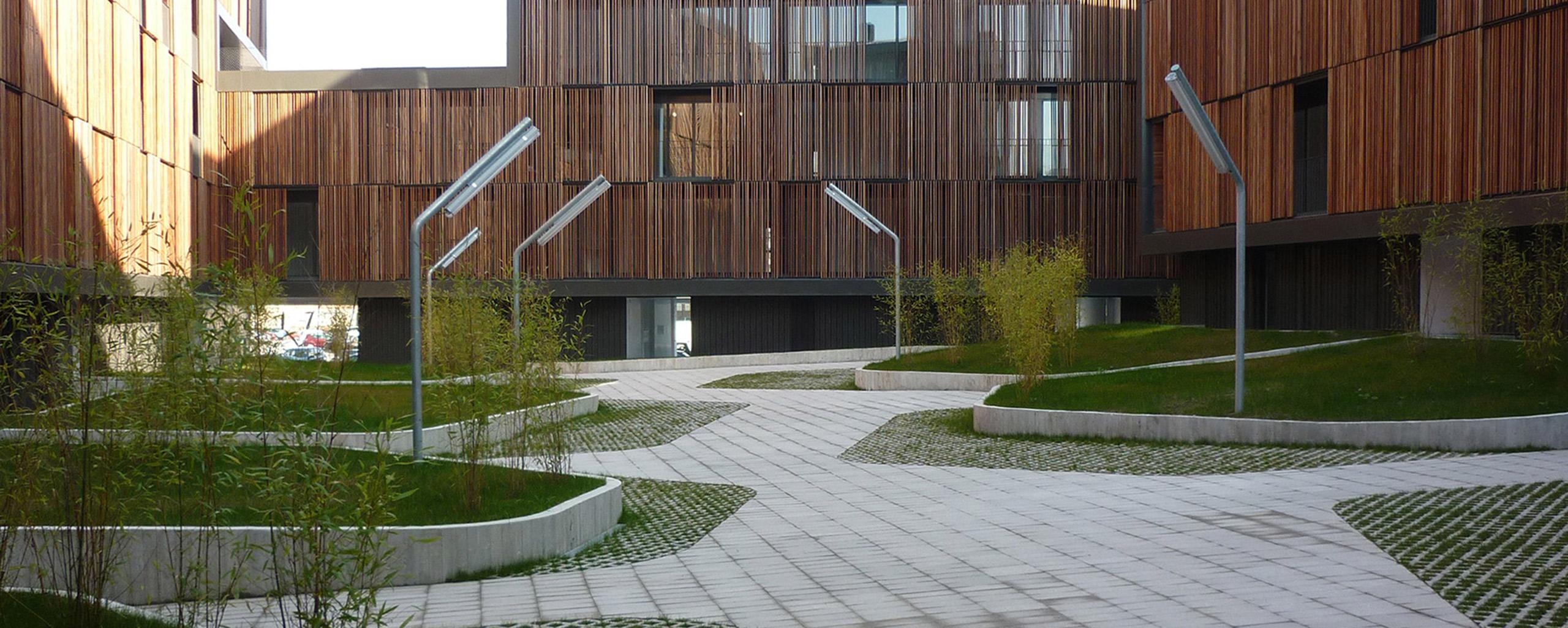 Jardineria en urbanización particular