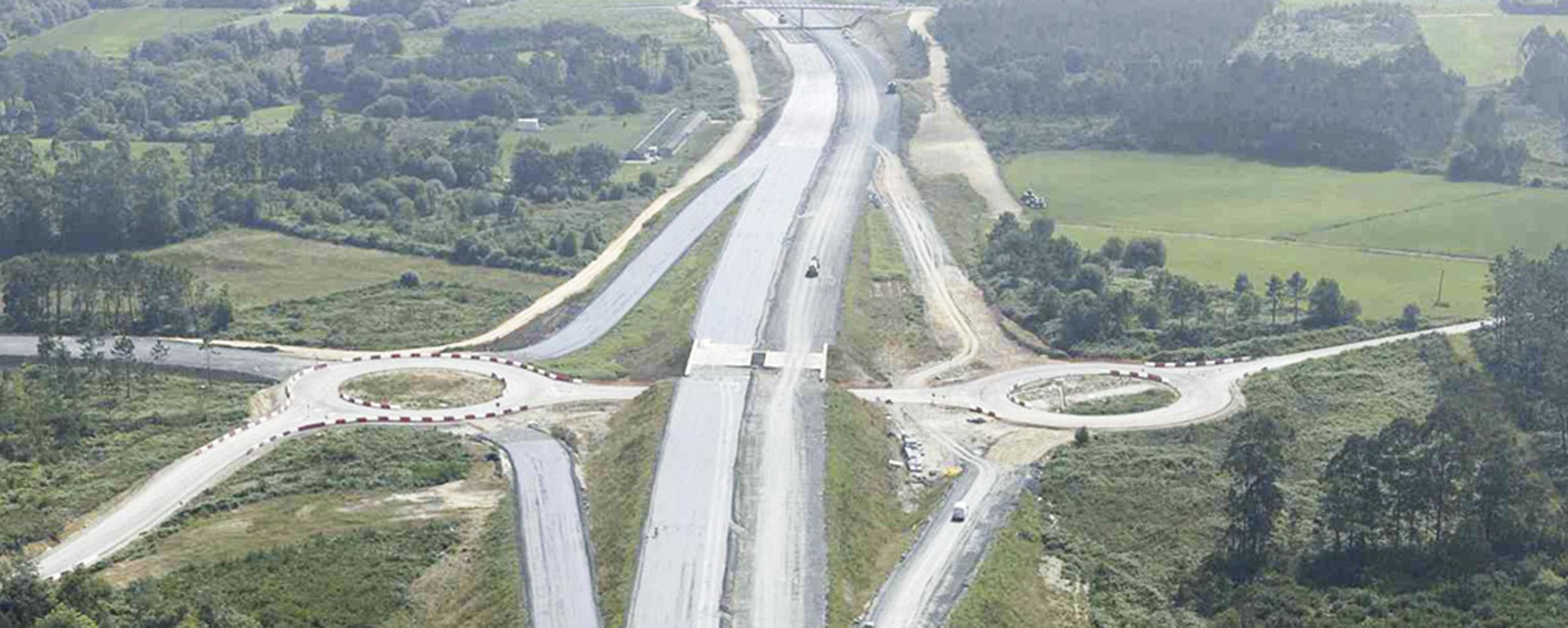 Restauración de infraestructura lineal (autopista)